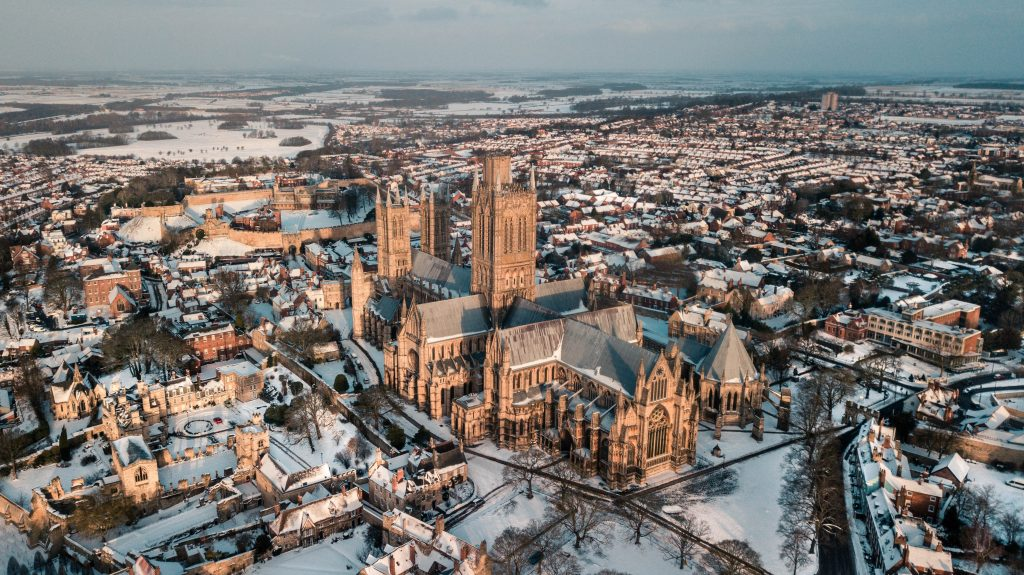 Lincoln in the snow